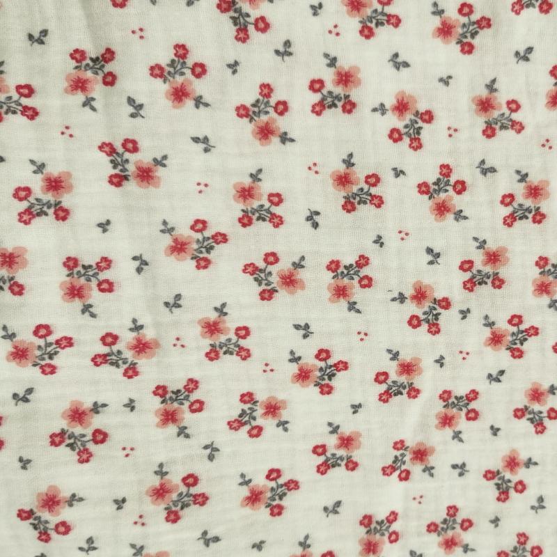 Double gaze fleurs roses fond blanc 1